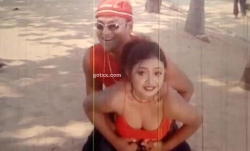 bangla movie hot song- tara kore jhikimiki bondhu by asif iqbal and doly