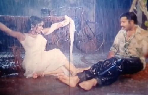 bangla movie hot song- cokh bole tomake cai by amin khan
